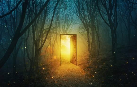 門の世界への入り口
