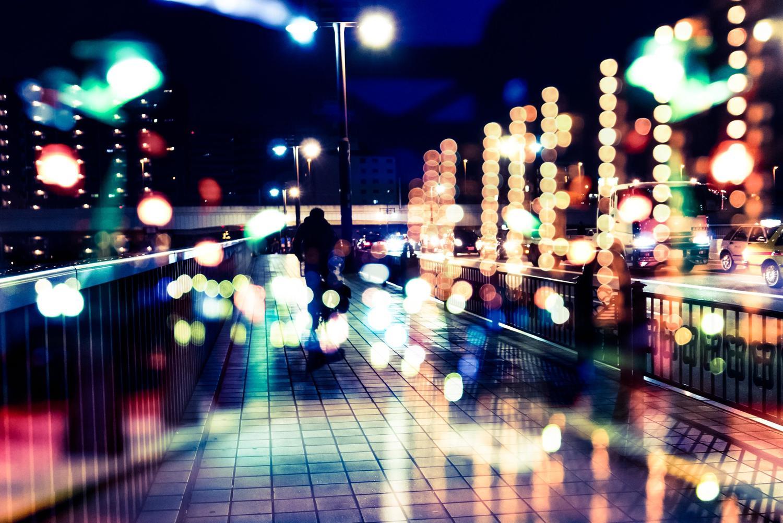 丸ボケの光と街(フォトモンタージュ)